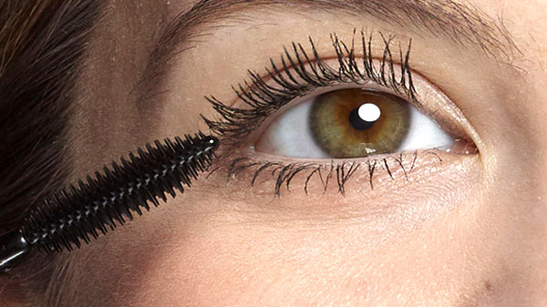 Easy mascara hacks for beautiful lashes